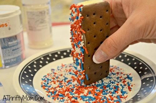 4th of july recipe, Ice Cream Sandwich. Quick and easy treat for a hot summers day