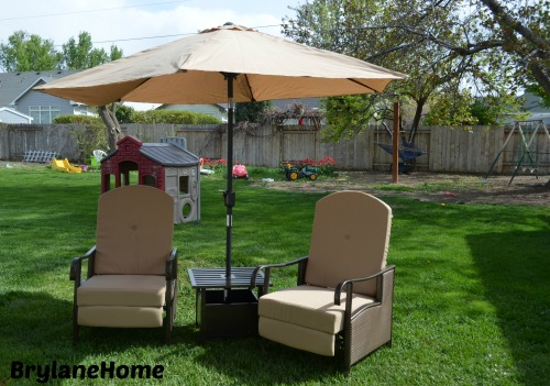 Back yard make over in just a few hours, Mothers Day gift ideas from BrylaneHome #MothersDay