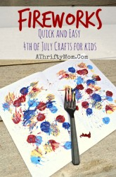Fireworks Art made with a Fork and craft paint, quick and easy craft ideas for kids, 4th of July art projects #JULY4th, #fireworks, #KidCrafts
