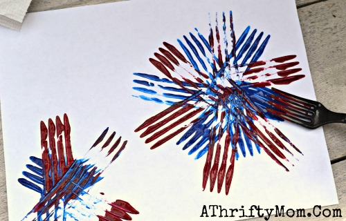 Fireworks made with a Fork and craft paint, quick and easy craft ideas for  kids