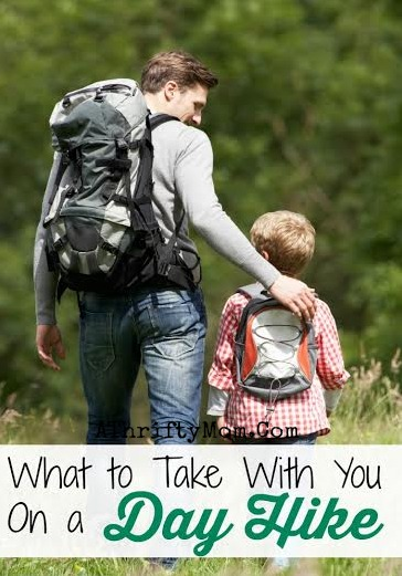 What to take on a day hike, Hiking tips. Summer activies with the family #Hike, #hiking